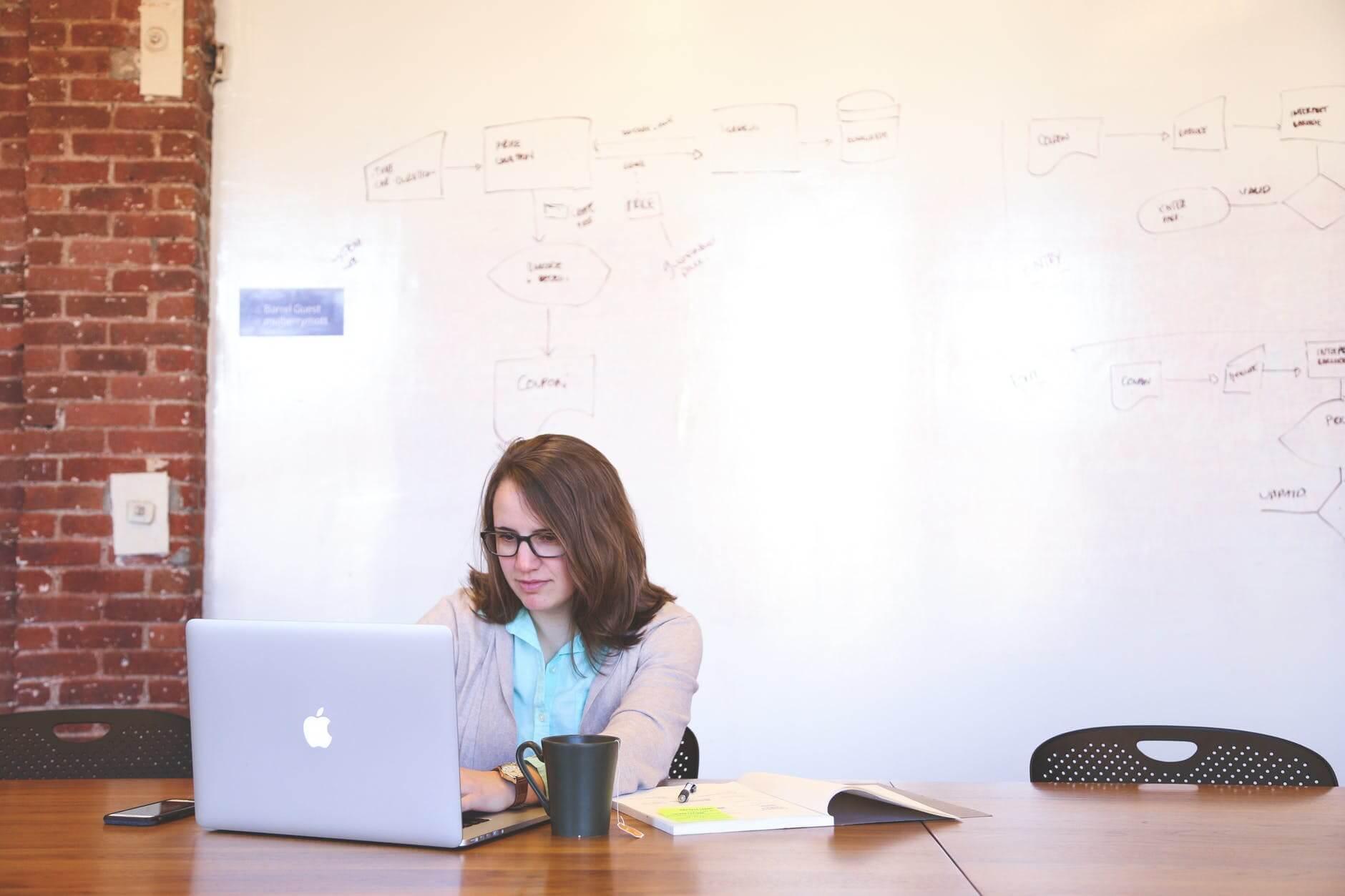 hire website designer in Singapore