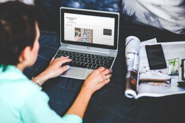 e commerce website blog